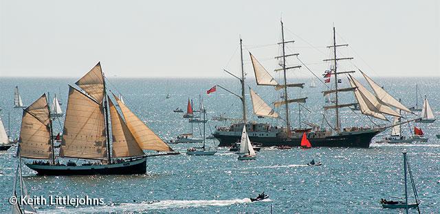 Falmouth-Tall-Ships-2014-Parade4