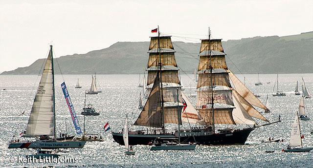 Falmouth-Tall-Ships-2014-Parade5